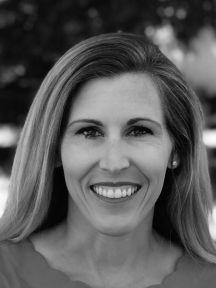 Erica Donahoe Headshot
