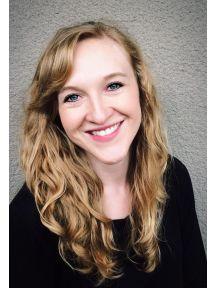 Meredith Tompkins Headshot